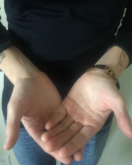 hands 1.png